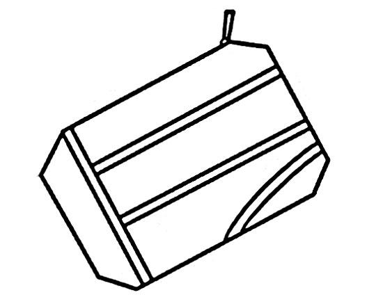 现在教大家画一个零钱包,这个很简单。先画一个去掉四个角的长方形。  再在向下的一端画上两条平行线。  然后,在上边的一端画上一个小拉链,钱包上再画上两条与刚才垂直的两组平行线。  最后,在最上边画上拉环,嗯,这个简单的钱包就可以了。
